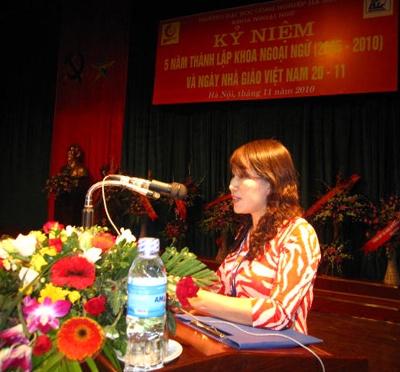 Khoa Ngoại ngữ tổ chức kỷ niệm 5 năm thành lập