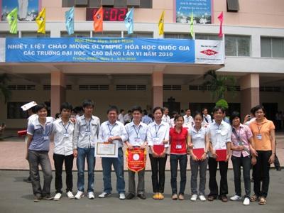 Dự thi OLYMPIC Hóa học sinh viên toàn quốc lần thứ VI – 2010