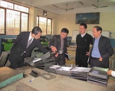 Giám đốc JICA khu vực Châu Á đến thăm và làm việc với trường