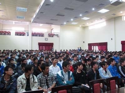 Gặp mặt các sinh viên nhà trường đang làm việc tại Công ty Honda Việt Nam