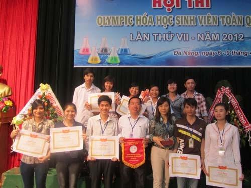 Trường Đại học Công nghiệp Hà Nội đạt thành tích cao trong Hội thi Olympic Hóa học sinh viên toàn quốc lần thứ VII