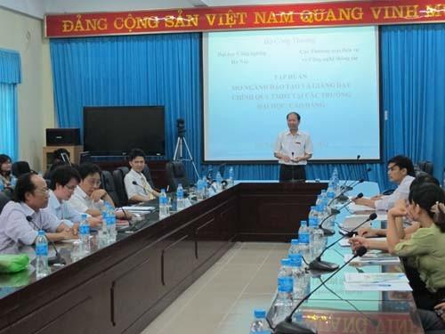 Cục Thương mại Điện tử và Công nghệ Thông tin tổ chức chương trình tập huấn Thương mại điện tử