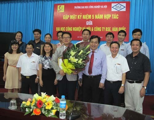 The 5th Anniversary of cooperation between the Hanoi University of Industry and BSE company, Korea