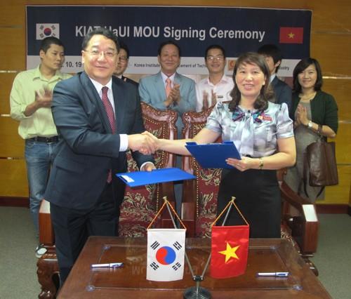 Ký bản ghi nhớ hợp tác với Học viện Công nghệ cao Hàn Quốc (KIAT)