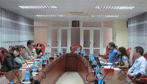Đại diện Cơ quan hợp tác quốc tế Hàn Quốc đến thăm và làm việc với trường