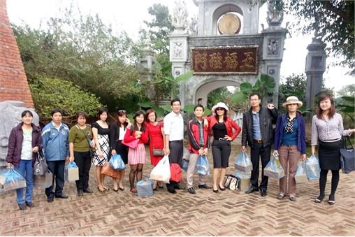 Hoạt động văn thể: Vừa qua cán bộ giảng viên Tổ nguyên lý CN MLN đã có chuyến đi thực tế kết hợp với du lịch văn hóa đầy ý nghĩa ở Ba Vì - Hà Nội.