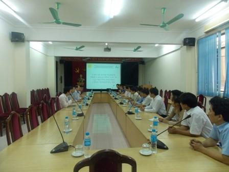 Đoàn cán bộ trường Cao đằng nghề Kỹ thuật Công nghệ đến thăm quan và học hỏi kinh nghiệm thực hiện 5S của trường Đại học Công nghiệp Hà Nội
