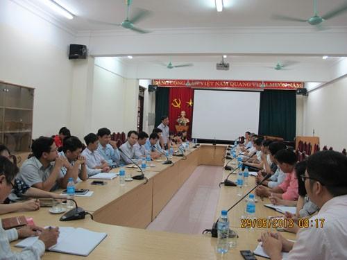 Đoàn cán bộ, giáo viên trường Cao đẳng Công nghệ Hà Nội đến thăm và làm việc với trường