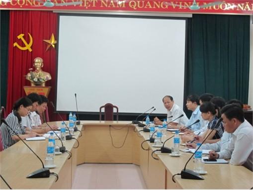 Đoàn cán bộ Trung tâm giải pháp CNTT và viễn thông Viettel đến thăm và làm việc với trường