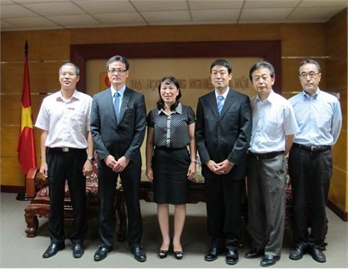 Chuyên gia ngắn hạn dự án Cơ quan Hợp tác Quốc tế Nhật Bản đến công tác tại trường Đại học Công nghiệp Hà Nội