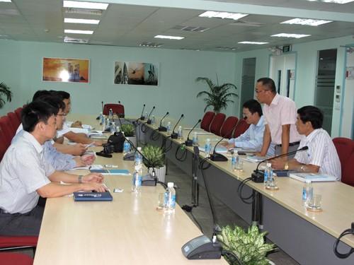 Đoàn công tác Nhà trường thăm và làm việc tại Công ty PVShipyard