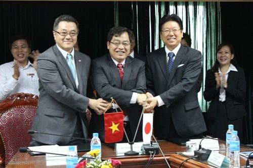 Ký thoả thuận hợp tác với Công ty Nissan Techno Việt Nam và Công ty Pasona Tech Việt Nam