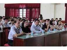 Khóa bồi dưỡng kỹ năng tìm kiếm việc làm 2015 và trao học bổng quốc tế Nitori