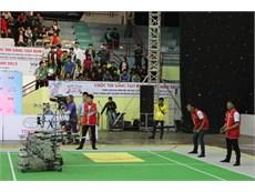 Trường Đại học Công nghiệp Hà Nội thi đấu thành công tại Cuộc thi Sáng tạo Robot Việt Nam 2015