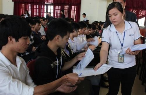 Tập đoàn KHKT Hồng Hải tuyển dụng cán bộ nguồn