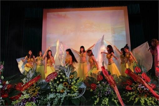 Tưng bừng ngày Hội Khoa Du lịch - Sư phạm trường ĐH Công nghiệp Hà Nội