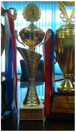 Đội tuyển Nhà trường đoạt cúp vô địch giải Trường Đại học Giao thông vận tải mở rộng lần thứ 4 năm 2015