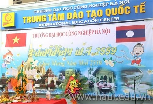 Bun Pi May (Laos) traditional Tet