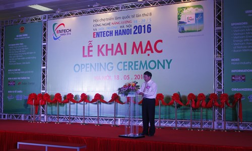 Trường Đại học Công nghiệp Hà Nội tham gia Hội chợ Entech 2016
