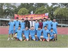 Khởi động Giải bóng đá nam CBVC-HSSV năm 2016