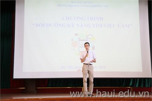 Chương trình bồi dưỡng `Kỹ năng tìm việc` cho HSSV năm cuối