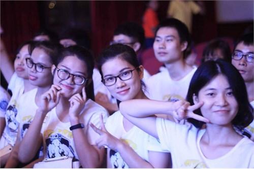 Câu lạc bộ Trung - Việt