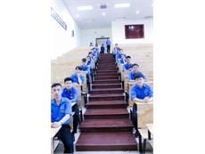 Kế hoạch đón sinh viên đại học khóa 12 về nhập học khoa Điện tử