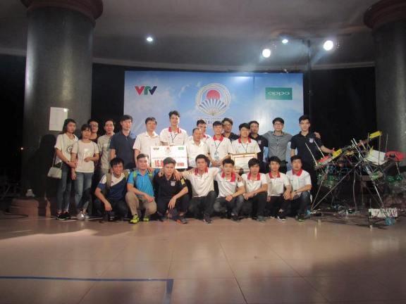 Nhìn lại chặng đường Đội tuyển ĐT 4 tham dự Robocon Chinh phục đĩa bay 2017