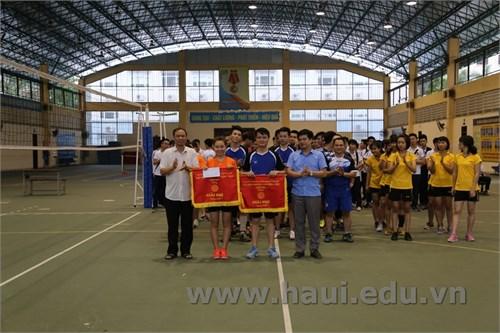 Chung kết và trao giải `Bóng chuyền CBVC-HSSV` năm 2017