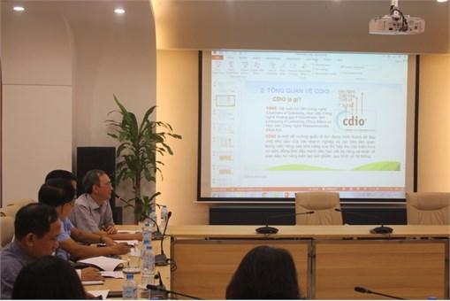 Hội thảo lấy ý kiến về chuẩn đầu ra theo đề cương CDIO ngành Công nghệ Kỹ thuật Hóa học, Công nghệ Kỹ thuật Môi trường