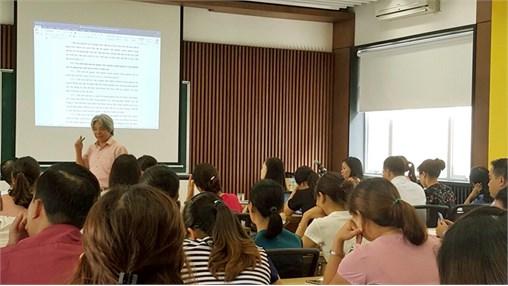 Tập huấn nâng cao trình độ chuyên môn cho cán bộ giảng viên Khoa Lý luận Chính trị - Pháp luật năm học 2017 - 2018