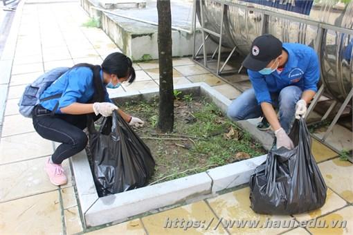 Trường Đại học Công nghiệp Hà Nội ra quân phòng chống dịch sốt xuất huyết
