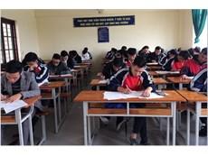 Hơn 400 sinh viên tham dự vòng thi sơ tuyển đội tuyển Olympic Toán cấp trường.