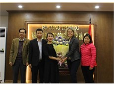 Specialist from Queensland University of Technology has working trip at Ha Noi Univesity of Industry