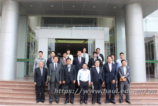 Tiếp đoàn công tác Tỉnh Saitama Nhật Bản đến thăm, làm việc và giao lưu với sinh viên Trường Đại học Công nghiệp Hà Nội