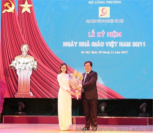 Trường Đại học công nghiệp Hà Nội: Long trọng tổ chức Lễ kỷ niệm ngày Nhà giáo Việt Nam 20/11 và trao tặng các danh hiệu thi đua, khen thưởng năm học 2016 – 2017