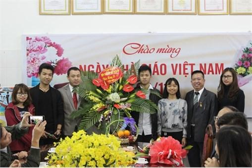 Gặp mặt các thế hệ thầy trò Khoa Công nghệ hóa nhân ngày Nhà giáo Việt Nam 20/11