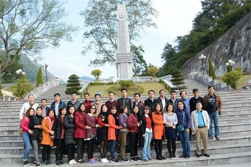 """Hành trình """"Về nguồn với quê hương cách mạng Cao Bằng"""""""