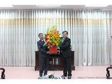 Gặp mặt cán bộ y tế ngày Thầy thuốc Việt Nam