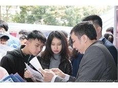 Đại học Công nghiệp Hà Nội tham gia Ngày hội Tư vấn tuyển sinh 2018