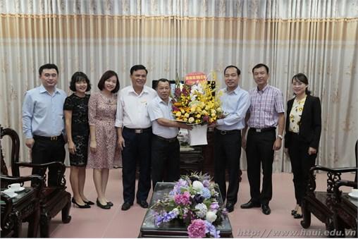 Hướng tới chào mừng Đại hội Công đoàn Trường Đại học Công nghiệp Hà Nội lần thứ VIII,nhiệm kỳ 2018 – 2022: Nhiều con số vượt chỉ tiêu