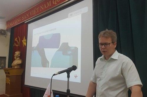 """Hội thảo """" Ứng dụng mô phỏng số trong ngành gia công áp lực tại Việt Nam"""""""