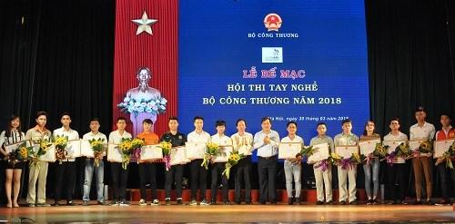 Sinh viên khoa Cơ khí xuất sắc đạt thành tích cao tại hội thi tay nghề Bộ Công Thương năm 2018