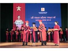 Trao bằng Thạc sĩ đợt 1 – năm 2018 cho 114 tân Thạc sĩ