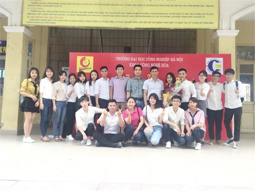 Lễ bảo vệ Khóa luận tốt nghiệp của sinh viên Đại học K9 Khoa Công nghệ Hóa