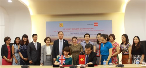 MOU signing ceremony between Hanoi University of Industry and Association of Certified Charter Accountants (ACCA)