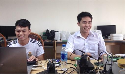 Thí sinh khoa Điện tử đại diện nghề Điện tử Việt Nam dự Kỳ thi tay nghề Asean lần thứ 12