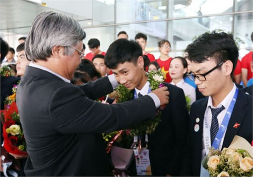 Đoàn Việt Nam xuất sắc trở về sau kỳ thi tay nghề ASEAN lần thứ 12