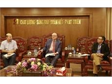 Đại học Công nghiệp Hà Nội tiếp Giám đốc Văn phòng Tiếng Anh khu vực, Đại sứ quán Hợp chủng quốc Hoa Kỳ thăm và làm việc với Trường