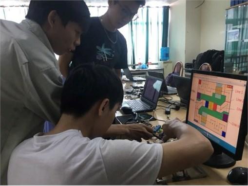 Chuẩn bị cho Cuộc thi Robot mini khoa Điện tử lần thứ VIII năm 2018